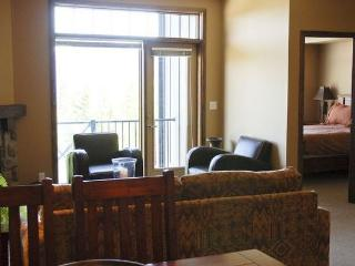 Kicking Horse Glacier Mountain Lodge 2 bedroom 2 bathroom condominium - Golden vacation rentals