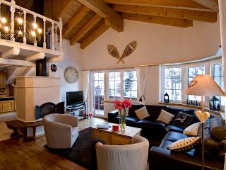 Cozy Villa in Zermatt with Internet Access, sleeps 8 - Zermatt vacation rentals