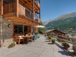 Cozy Villa with Television and Fireplace - Zermatt vacation rentals