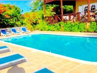 4 bedroom House with Internet Access in Marigot Bay - Marigot Bay vacation rentals