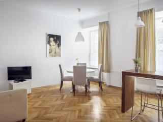 2 Bedroom flat for 6 in Old Town,Bednarska, Warsaw - Warsaw vacation rentals