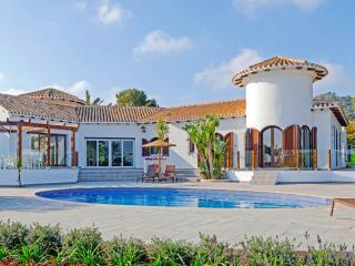 Spacious 4 bedroom House in Los Belones with DVD Player - Los Belones vacation rentals