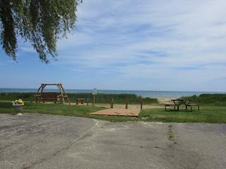 1 bedroom House with Ceiling Fans in Oscoda - Oscoda vacation rentals