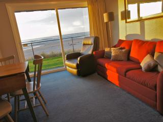 Kelp Me Rhonda - 1st Floor near Indoor Pool, Beach - Lincoln City vacation rentals
