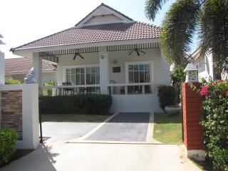 2 bed, fully furnished villa - Hua Hin vacation rentals