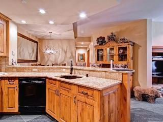 Nice 3 bedroom Condo in Beaver Creek - Beaver Creek vacation rentals