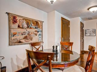 Perfect 2 bedroom Condo in Avon - Avon vacation rentals