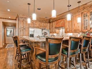 Highlands Slopeside 206 - Beaver Creek vacation rentals