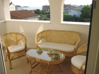 Beautiful apartment near the beach Rogoznica - Rogoznica vacation rentals