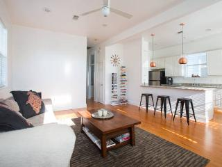 Discover Cozy Uptown Cottage - New Orleans vacation rentals