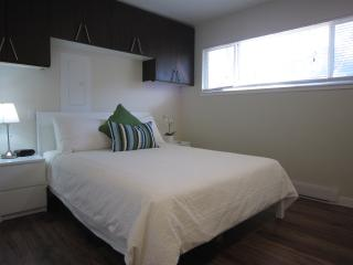 RENOVATED !  Junior one bedroom apt, walk to shops - Squamish vacation rentals