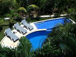 Quiet location: compact & comfortable apartment - Puerto Aventuras vacation rentals