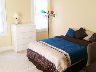 Close to Downtown.  Johns Hopkins Homewood Campus. - Baltimore vacation rentals
