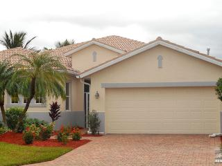 Inviting pet friendly pool home 1/2 mile from Red Sox Training! - Fort Myers vacation rentals