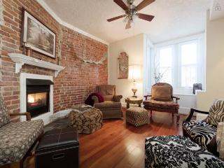3BR/2BA Home in Hipster District!! FREE Parking! - Washington DC vacation rentals