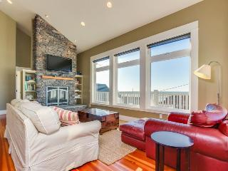 Perfect Family Getaway, Great Ocean View, Easy Beach Access! - Lincoln City vacation rentals