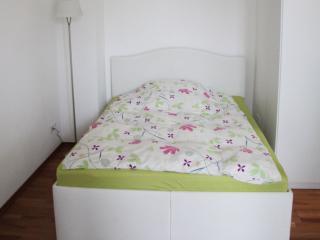 Vacation Apartment in Schwelm - 215 sqft, max. 2 people (# 9057) - Schwelm vacation rentals