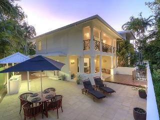 Whispering Palms - Port Douglas - Port Douglas vacation rentals