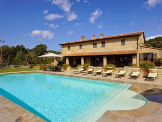 Nice Villa with Internet Access and A/C - Tuoro sul Trasimeno vacation rentals