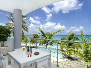 Luxury Apartment at Las Arenas on Simpson Bay Beach - Simpson Bay vacation rentals
