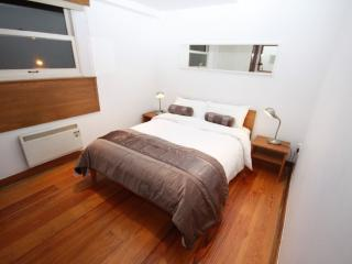 Nice Condo with Internet Access and Central Heating - Dublin vacation rentals