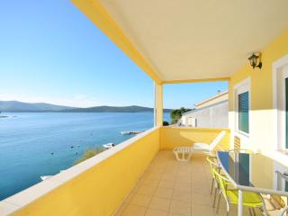 Nice Condo with Internet Access and Stove - Zaboric vacation rentals