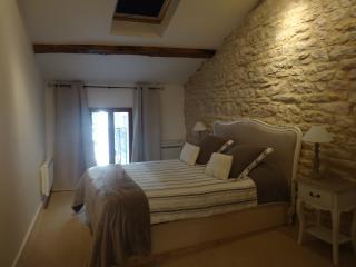The Mews, Puligny-Montrachet. Comfort & charm - Puligny-Montrachet vacation rentals