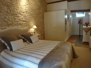 The Mews, Puligny-Montrachet. Comfort & charm - Puligny-Montrachet vacation rentals