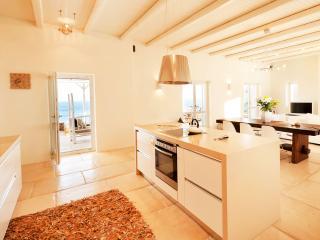 Athina Ios Villa 3BDR - Ios vacation rentals