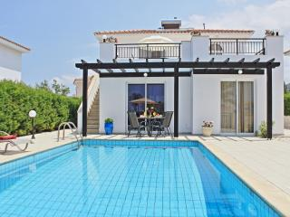 Vacation Rental in Argaka