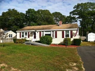 Walk to Parker's River Beach, 3 BR, 3 A/C's very large fenced yard - YA0513 - Yarmouth vacation rentals