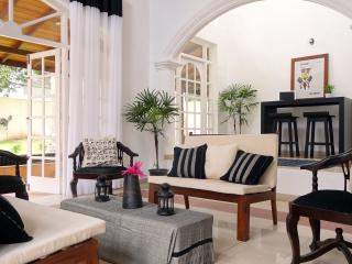 4 bedroom House with Internet Access in Colombo - Colombo vacation rentals