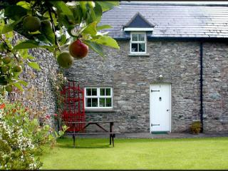 Darragh Cottage , Stone built cottage in Ireland. - Kilfinane vacation rentals