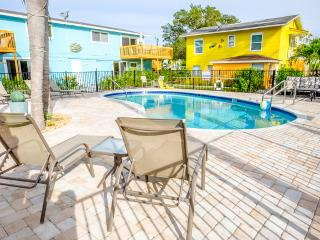 Shrimp Suite at Myerside Resort - Fort Myers Beach vacation rentals
