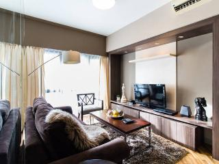 Rockwell Joya Executive 1BR with Balcony - Makati vacation rentals