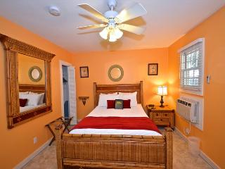 MONROE SUITE- 1 Block From Duval St. 'Night Life' - Key West vacation rentals