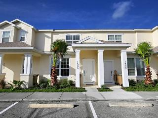3 Bed 3 Bath Pool Home + Clubhouse (1505-RETREAT) - Davenport vacation rentals