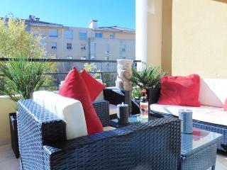 LES JARDINS DE LA ROTONDE - Aix-en-Provence vacation rentals
