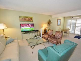 Solana Beach Condo - Close to Beaches & Shopping! - Solana Beach vacation rentals