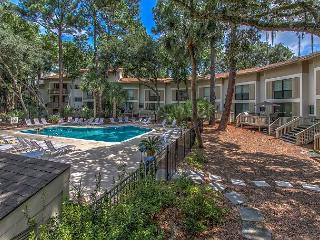 Beach Oriented 3 Bedroom Seascape Villa, Quick Access!, Free Bikes, Pool - Hilton Head vacation rentals