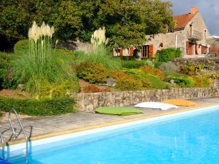 Gîte 18 personnes Chézelles parc Morvan Bourgogne - Avallon vacation rentals
