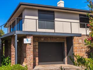 At The Bay - Coles Bay - Coles Bay vacation rentals