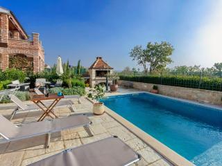 Cozy Novigrad Apartment rental with Internet Access - Novigrad vacation rentals