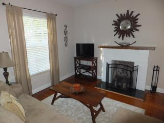 3 bedroom House with Internet Access in West Palm Beach - West Palm Beach vacation rentals