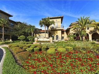 Enchanted Bella Piazza Condo - Davenport vacation rentals