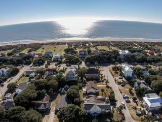 Steps to the Beach! Isle of Palms Oasis! - Isle of Palms vacation rentals