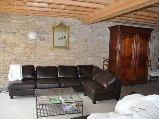 3 bedroom House with Internet Access in La Balme-les-Grottes - La Balme-les-Grottes vacation rentals