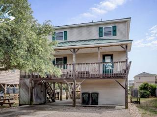 Comfortable 4 bedroom Nags Head House with Internet Access - Nags Head vacation rentals