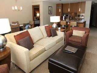 Leavetown and stay at Sutton Place 3 bedroom 2 bathroom luxury condo - Revelstoke vacation rentals