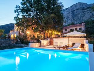 TH00759 Villa Kostela - Tucepi vacation rentals